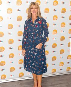 cba43041e (8) Twitter Good Morning Britain Presenters, Kate Garraway, Fashion  Pictures, Butterfly