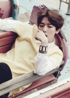 "[SCAN] Baekhyun for ""Love Me Right"" New Official Goods  cr: _05060921"