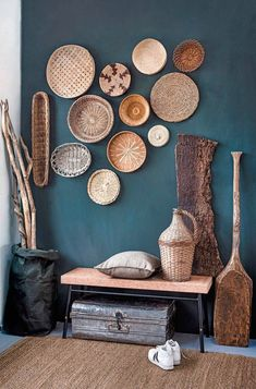 5 amazing entrance decor ideas for your living spaces - Home Decoration Living Room Decor, Living Spaces, Living Rooms, Art Spaces, Teal Walls, Accent Walls, Wood Walls, Teal Rooms, White Walls