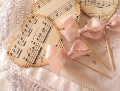 Musical Heart Party Picks for Cupcakes or Appetizers Music Cupcakes, Horse Cupcake, Sheet Music Crafts, Heart Party, Paper Crafts, Diy Crafts, Music Party, Shabby, Wedding Favors