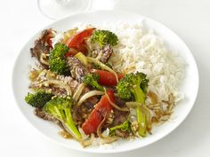 What's cooking? Chinese Beef with Broccoli from #FNMag.