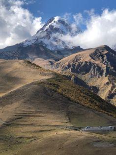 Grúzia , Kaukázus - a kalandos - Útravaló - link Mount Rainier, Bali, Mountains, Link, Nature, Travel, Viajes, Traveling, Nature Illustration