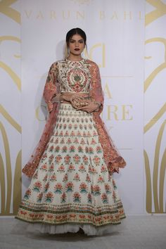 """""""With Art Nouveau being the inspiration, we have tried to enhance the artistic elements with ornamentation and silhouettes with classic cuts.""""- Varun Bahl#ICW2017https://www.perniaspopupshop.com/"""