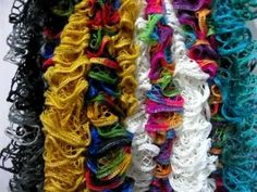 Knitted Ruffle scarves 3