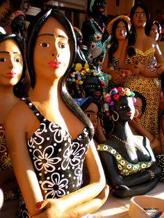 Artesanato de Caruaru - Mulheres de Barro by Karla Vidal, via Flickr