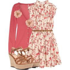 LOLO Moda: Elegant womens fashion. Dress with wedge heels. Summer or spring fashion outfit.