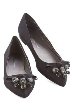 Wow About That? Flat in Noir. You exhibit awe-inspiring allure when you step out in these black flats from CL by Laundry! #gold #prom #modcloth