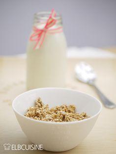 Je leckerer das Frühstück – so schöner wird der Tag. Müsli wollte ich schon immer mal selbst machen. Aber bislang hat mich noch kein Rezept gereizt, bis ich dieses Quinoa-Müsli bei Donna Hay* entdeckt habe. Es ist ganz schnell gemacht, der Duft aus d ...