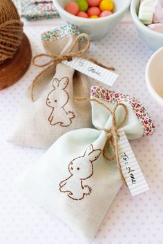 DIY Wee Brown Bunny Treat Bags @ eHow by Amy of nana Company - so sweet!