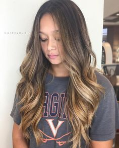 Ariella Reyes saved to potential O M B - B R E ✨ this girls got the most hair out of all my clients! Def put my back into this balayage // Balyage Hair, Bronde Hair, Bayalage, Brown Blonde Hair, Brunette Hair, Brunette Color, Rides Front, Hair Color And Cut, Light Hair