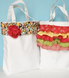 Ruffle-Embellished Canvas Totes - Doll up a tote you already have with cute scraps turned into ruffles! #tutorial #craft