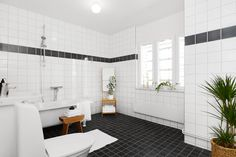 HusmanHagberg, http://trendesso.blogspot.sk/2014/01/light-scandinavian-apartment-svetly.html
