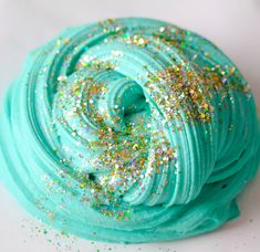 No Glue Glitter Gold Slime – Savvy Naturalista triy out these awesome slime pins and let me know how it went! The post No Glue Glitter Gold Slime – Savvy Naturalista appeared first on DIY Crafts. Le Slime, Slimy Slime, Slime No Borax, Galaxy Slime, Dish Soap Slime, Slime Swirl, Slime Pictures, Diy Unicorn, Types Of Slime