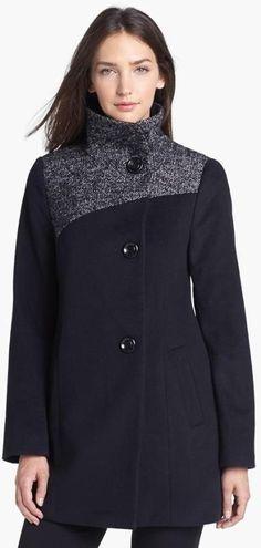 Fall must-have - Contrast Yoke Wool Blend Coat.