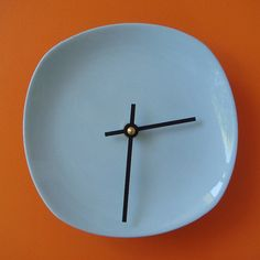 plate clock - DIY drill hole in plate and use clock face kit from craft store. Cute for kitchen!!