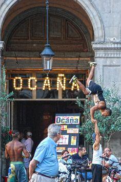 Acrobacias Urbanas Plaça Reial Barcelona