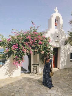 Mama Mia is SO SO GOOD! Knowing me knowing you I insist you plan a girls trip to go see it immediately honey honey Off to bed to dream of Greek islands Day Trip Outfit, Greece Outfit, Vanz, Polka Dot Maxi Dresses, Greece Travel, Greece Trip, Greek Wedding, Vacation Outfits, Cute Summer Outfits