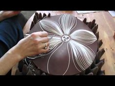 Making ceramic wall discs by Natalie Blake Studios: Video 2....like the foam used underneath to support, but also be flexible