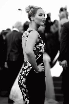 Jennifer Lawrence booty in tight dress