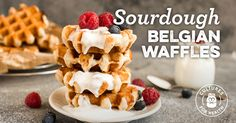 Belgian waffles are different from other types of waffles in that they are made with a yeast-based dough. A perfect treat for a special brunch! Yummy Waffles, Pancakes And Waffles, Real Food Recipes, Yummy Food, Tasty, Vegetarian Recipes, Healthy Food, Sourdough Recipes, Sourdough Waffles Recipe