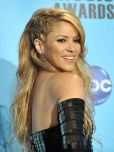 Best Undercut Braids - Undercut Braid Trend - Marie Claire: Shakira at the 2009 American Music Awards in LA on November 22, 2009