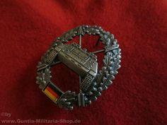 BW Barettabzeichen, Panzerjägertruppe, Metall / mehr Infos auf: www.Guntia-Militaria-Shop.de