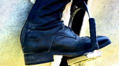 Wanna know how to pick the perfect pair of English riding boots every time? http://equestrianbootsandbridles.com/little-known-secrets-to-picking-the-right-english-horseback-riding-boots/