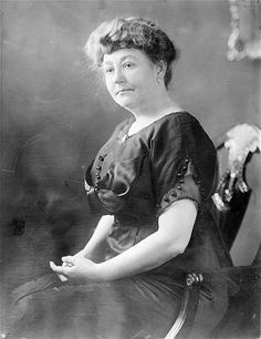 Ellen Wilson: The first wife of the 28th President of the United States Woodrow Wilson, who held office from 1913 to 1921. She died of kidney disease in 1914; before she died, she asked her doctor to urge her husband to remarry.