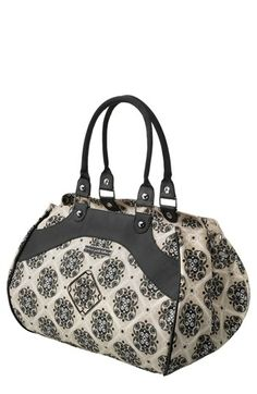 Petunia Pickle Bottom 'Glazed Weekender' Diaper Bag available at #Nordstrom I'm on a mission to find this bag..