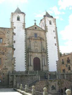 Caceres - Convento de la Compañía de Jesús