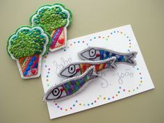sardinhas+e+mangericos Techniques Couture, Textiles, Textile Jewelry, Mother And Child, Embroidery Art, Coloring Pages For Kids, Doll Patterns, Activities For Kids, Needlework