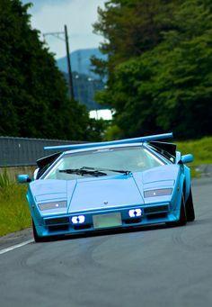 Visit The MACHINE Shop Café... ❤ The Best of Lamborghini... ❤ (The Lamborghini Countach LP400)