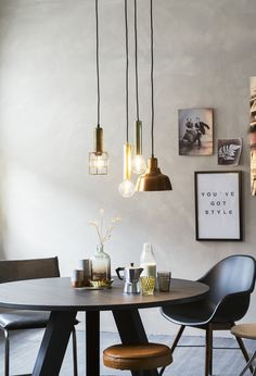 Home Design Interior and Outdoor Decoration Dining Room Inspiration, Interior Inspiration, Home Lighting, Lighting Design, Rooms Ideas, Happy New Home, Modern Dining Chairs, Of Wallpaper, Dining Room Design