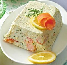 Our popular recipe for trout mousse with shrimps and more than other free recipes on LECKER. Our popular recipe for trout mousse with shrimps and more than other free recipes on LECKER. Shellfish Recipes, Shrimp Recipes, Appetizer Recipes, Fish Varieties, Trout Recipes, Brunch Party, Thanksgiving Appetizers, Popular Recipes, Free Recipes