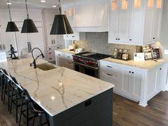 white kitchen with Calacatta Laza countertop - - Image Search Results<br> Diy Kitchen Decor, White Kitchen Decor, Countertops, Marble Top Kitchen Island, French Farmhouse Kitchen, Kitchen Island Design, Grey Kitchen Walls, Best Kitchen Designs, Kitchen Sink Design