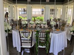 Beautiful Daytime Turtle Bay Pavilion Wedding Reception By Hawaii Weddings Tori Rogers Www Hawaiianweddings