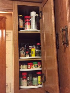 Inside my kitchen cupboards- organization Kitchen Cupboard Organization, Kitchen Cupboards, Kitchenette, Pampered Chef, Staying Organized, Bathroom Medicine Cabinet, Kitchen Cabinets, Kitchen Base Cabinets, Kitchenettes