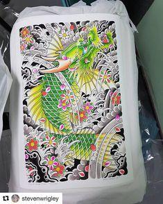 Koi Dragon Tattoo, Koi Fish Tattoo, Dragon Tattoo Designs, Thai Tattoo, Irezumi Tattoos, Full Hand Tattoo, Hand Tattoos, Sailor Jerry Tattoo Flash, Naruto Tattoo