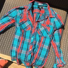 Obey plaid button-up shirt Obey plaid button-up shirt in fun coral and teal colors! Great condition and can be worn more casual or dress-up. Obey Tops Button Down Shirts