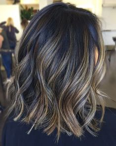 High contrast foilalyage ✨ #ColorByAshley haircut by @jenniehairartist