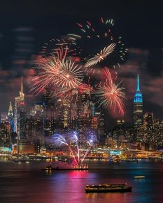 Enjoy New York City with this shot from @dalton922 @nyloveyou - New York City Feelings