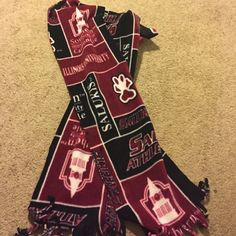 SIUC fleece scarf Southern Illinois University Carbondale fleece scarf Accessories Scarves & Wraps