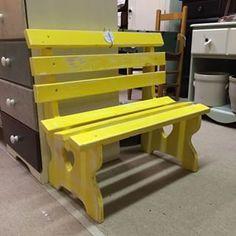 Distressed lemon yellow child's bench #decor #shopbuckscounty #doylestown #buckscountyantiquegallery #antiquestore #buckscounty #vintage #chalkpaint #kidsbench