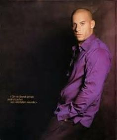 Pics & Info of the gorgeous Actor Vin Diesel. Run by a fan, not the real Vin Vin Diesel, Gorgeous Men, Beautiful People, Pretty Men, Fast And Furious Cast, Dominic Toretto, Ludacris, Hollywood, Dwayne Johnson