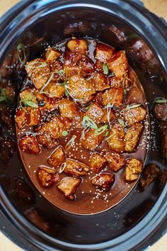 Slow Cooker Honey-Garlic Hoisin Chicken Recipe. Fire up your crockpot, it's time to make a delicious, EASY dinner for your family! Crock pot recipes like this are a fast and simple way to get wholesome healthy meals on the table on a weeknight! Serve this teriyaki flavored dish with rice noodles teriyaki. Use breasts or thighs!