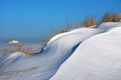 in den Dünen von Sylt II wurde in Deutschland, List aufgenommen und hat folgende Stichwörter: Sylt List Düne Winter.