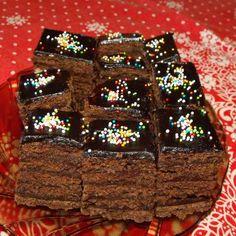 Sportszelet-torta másképp Food Inspiration, Tart, Desserts, Recipes, Drinks, Tailgate Desserts, Drinking, Deserts, Beverages