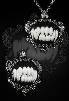 Vampire Fang Cameo