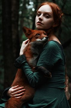 These outdoor portrait photography examples of redheads by Alexandra Bochkareva will have you really engaged because they're totally unique and stunning! Fantasy Photography, Animal Photography, Portrait Photography, Nature Photography, Photography Ideas, Travel Photography, Woman Photography, Photography Studios, Inspiring Photography