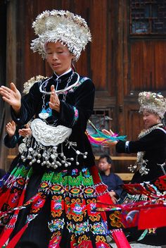 Miao Dance. Love the hats!